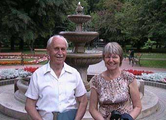 Annelise Jespersen og hendes far Imre Ferencsin, da de første gang mødtes i sommeren 2005 i Ungarn