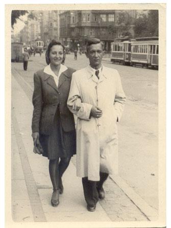 Béla Foris med sin datter Elisabeth, København befrielsessommeren 1945