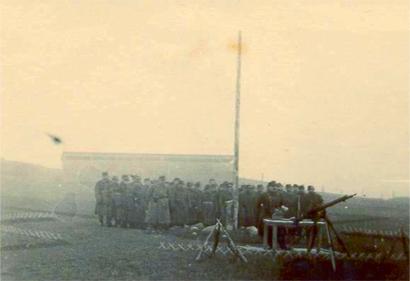 Ungarere ved kontrolpost i Vorupør foråret 1945Ungarere ved en kontrolpost i Vorupør.